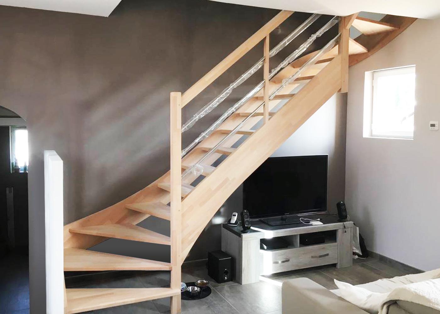 Escalier 2 quarts tournants en hêtre massif
