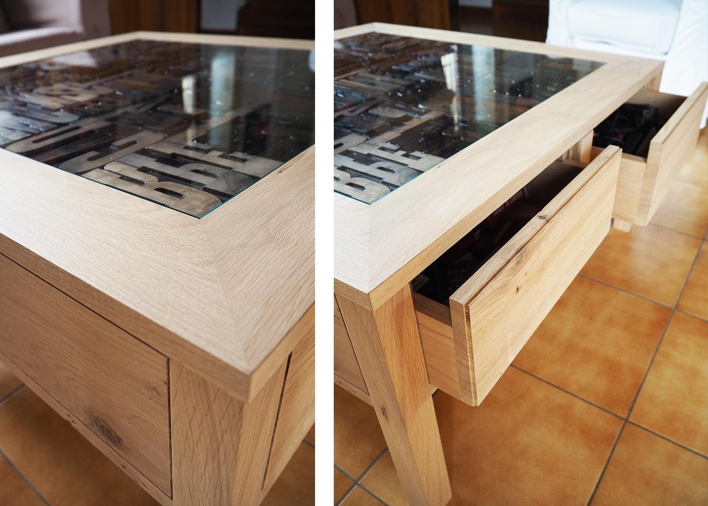 Table basse en chêne, 2 tiroirs
